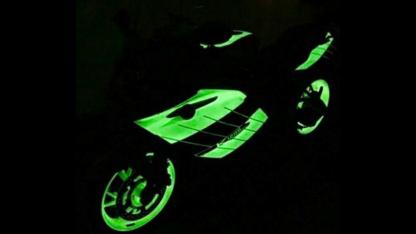 motor, motor tuning, fluo, neon uv, svjetleca, boja za metal fluorescentna boja